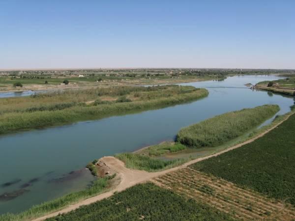 دير الزور: انخفاض منسوب مياه الفرات.. وداعش يعيد فتح المشافي - الحل نت