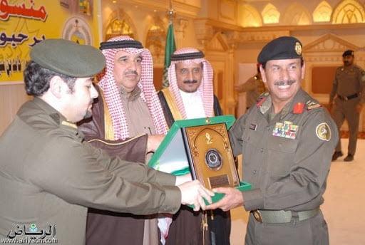 جريدة الرياض | منسوبو القطاعات الأمنية والدفاع المدني يودعون ...