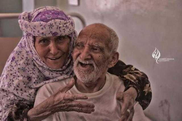 نتيجة بحث الصور عن عجوز وزوجته