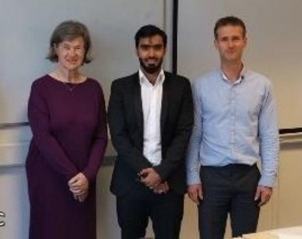 صورة الدكتوراه لـ وائل صمھود الغامدي. من جامعة مانشستر بالمملكة المتحدة