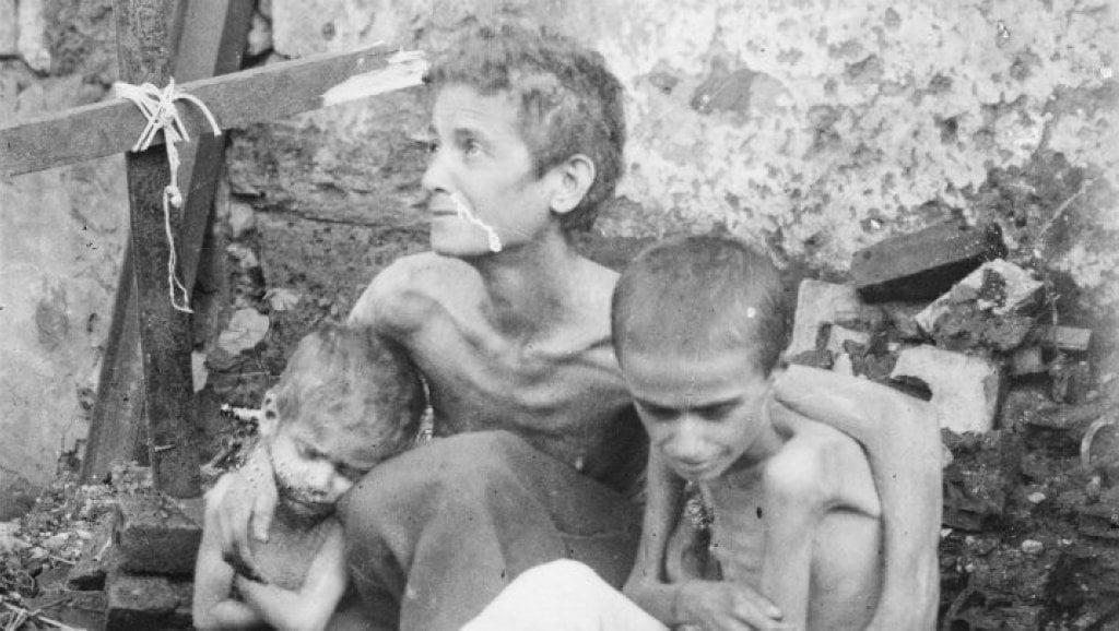 صورة المجاعة التي قتلت ثلث اللبنانيين في الحرب العالمية الأولى