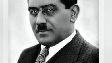 """صورة علي مصطفى مشرفه، عالم فيزياء مصري. لقب ب """"آينشتاين العرب"""""""