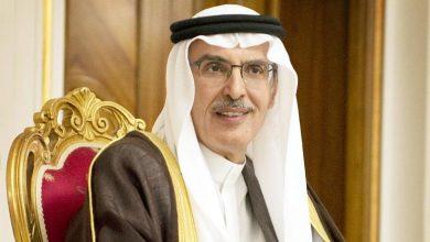 صورة الشاعر(واحد)هو مهندس الكلمة. الأمير بدر بن عبد المحسن بن عبد العزيز آل سعود.