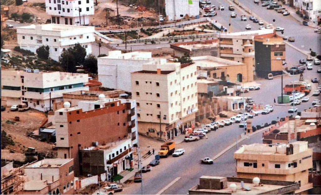 """صور قديمة لزمن جميل on Twitter: """"مشهد من الباحة عام ١٤٠٦هـ ، ١٩٨٦م ..."""