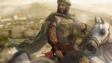 صورة الفارس.صالح بن حسن بن طليمس الظبياني لقبه (العاصي)عقيد في جيش الملك عبد العزيز من أشجع الرجال لا يجرأ أحد لمبارزته.