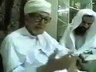 صورة الشيخ العلامة عبدالله الناخبي يشيد بقبيلة غامد   بأبيات منقولة (ياليتني بين العشائر غامدي).