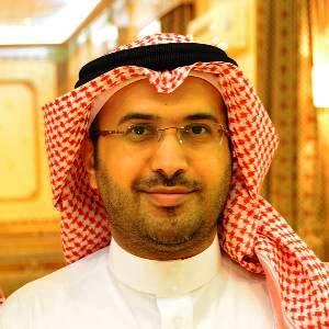 الباحة اليوم د. علي سعيد الخريمي يحصل على زمالة تجميل الأسنان - الباحة اليوم