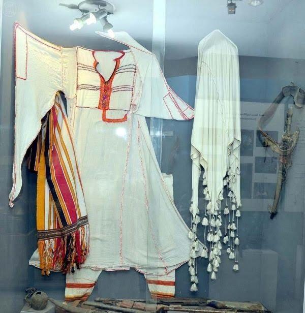مقتنيات متحف الآثار والتراث بالمملكة